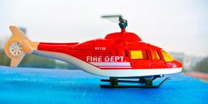Пожарный вертолёт.  Распаковка игрушек для мальчиков.  Новые видео для детей.